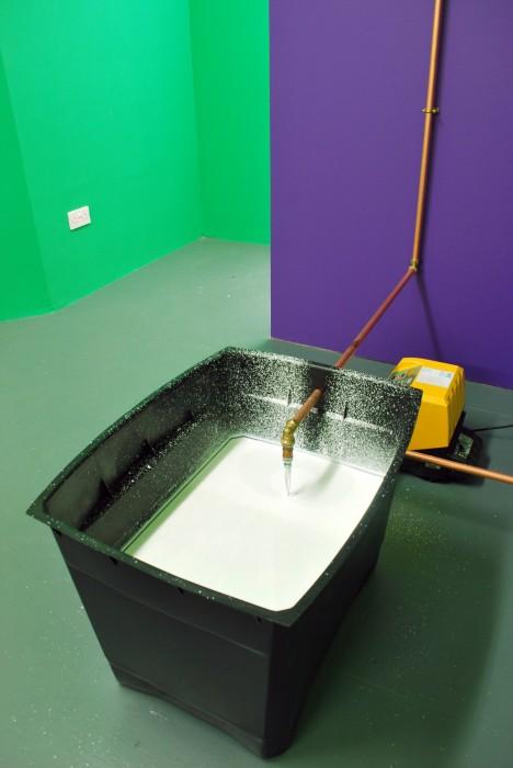 Natasha Kidd - Line (tank installation)
